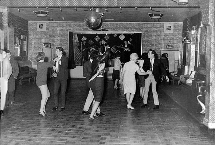 beatles18people1961